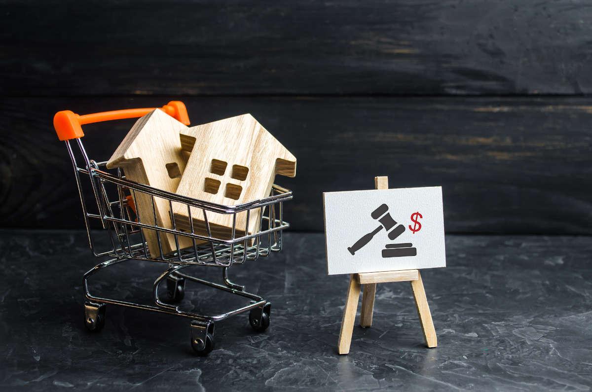 Congelamento delle aste immobiliari: il saldo e stralcio