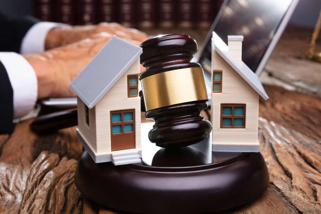 Comprare casa all'asta per affittarla: quando conviene?